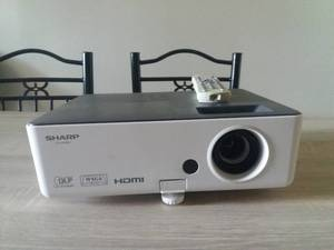 Video projecteur sharp PG-LW 3500