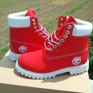 CHAUSSURES TIMBERLAND ROUGE