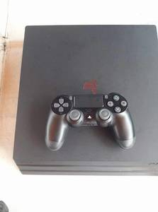 PLAYSTATION4 PRO+1CD