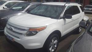 2014 Ford Explorer 7 places